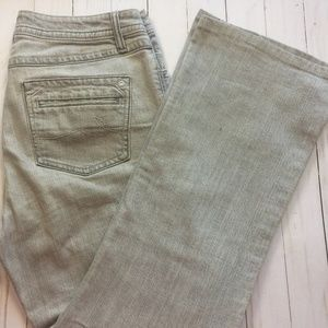 CAbi #837 Contemporary Fit Soft Gray Flare Jean 10